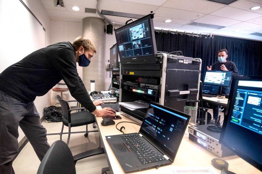 La tenue de l'événement sur la plateforme de webinaires de l'UQAM et sur Facebook Live a été rendue possible grâce au travail du Service de l'audiovisuel.