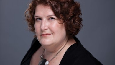 Christine Scott remporte le prix d'excellence en gestion, volet carrière 2021 (ex aequo, à titre posthume) du Réseau de l'Université du Québec