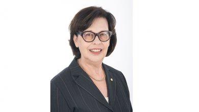 40 ans du MBA : Portrait de Francine Allaire, spécialiste en implémentation et sous-traitance de contrat, Outsourcing - Global Workshare (retraitée), Pratt & Whitney Canada