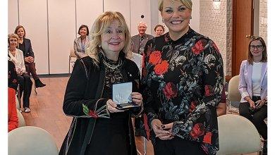 La chargée de cours Louise Champoux-Paillé est récompensée par l'Assemblée nationale du Québec